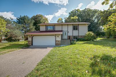 8890 Kimberly Ln N, Maple Grove, MN 55311