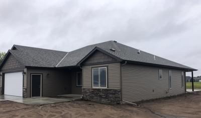 5710 Glenview Ln, Saint Cloud, MN 56303