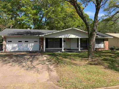 564 Dryden Ave, Jackson, MS 39209