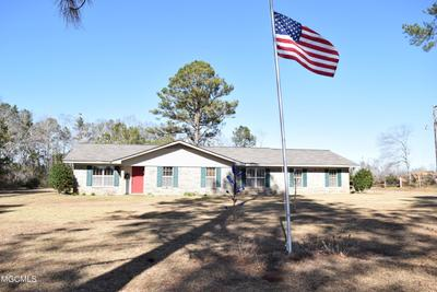 158 Dickerson Rd, Lucedale, MS 39452