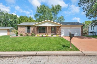 17 Spencer Valley Dr, Saint Peters, MO 63376