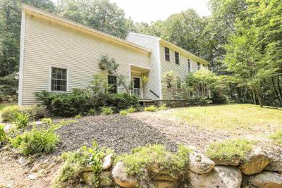 50 Campbell Rd, Bedford, NH 03110