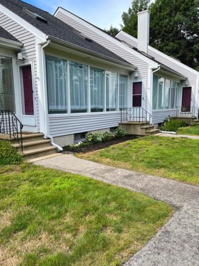4 Greenfield Dr #D, Dover, NH 03820