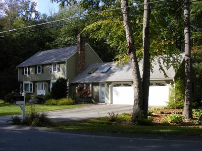 4 Hassell Rd, Merrimack, NH 03054