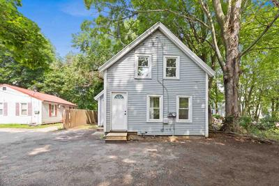 15 Maple St, Rochester, NH 03867