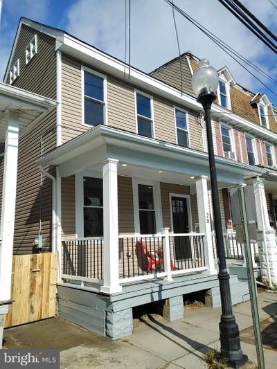 28 Pine St, Mount Holly, NJ 08060