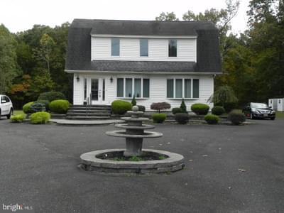 758 N Tuckahoe Rd, Williamstown, NJ 08094