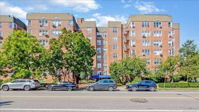 21015 23rd Ave #6C, Bayside, NY 11360