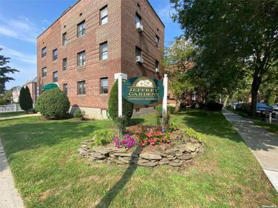 4631 215th Pl #1D, Bayside, NY 11361