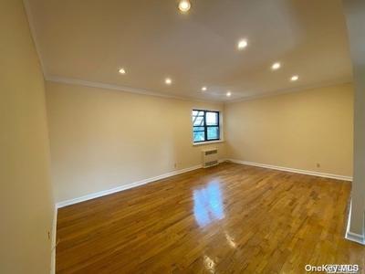 14710 84th Rd #5G, Briarwood, NY 11435
