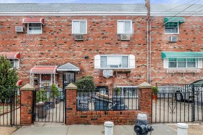 1115 Throggmorton Ave, Bronx, NY 10465