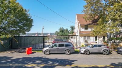 2519 Sedgwick Ave, Bronx, NY 10468