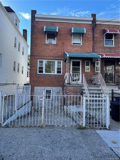 2949 Pearsall Ave, Bronx, NY 10469