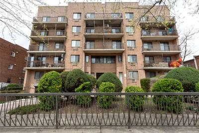 14745 Barclay Ave #1B, Flushing, NY 11355