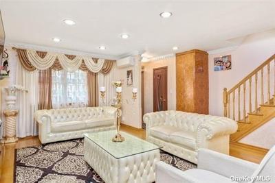 15316 78th Rd, Flushing, NY 11367