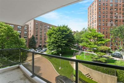 10210 66th Rd #3F, Forest Hills, NY 11375