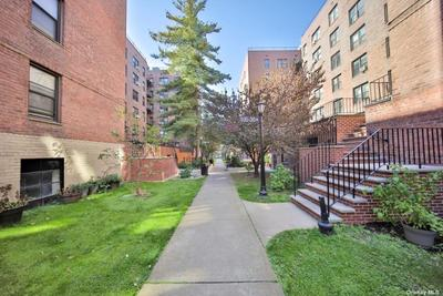10530 66th Ave #4B, Forest Hills, NY 11375