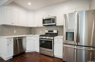 10915 72nd Rd #3D, Forest Hills, NY 11375