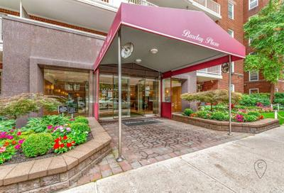11020 71st Rd #121, Forest Hills, NY 11375