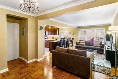 11020 71st Rd #714, Forest Hills, NY 11375