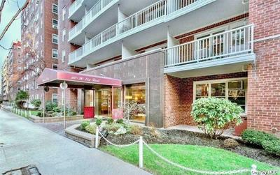 11020 71st Rd #810, Forest Hills, NY 11375