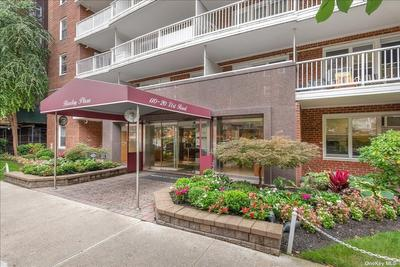 11020 71st Rd #917, Forest Hills, NY 11375