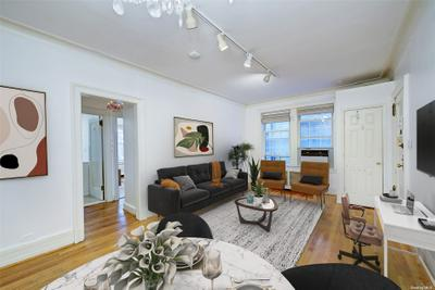 6 Burns St #215, Forest Hills, NY 11375