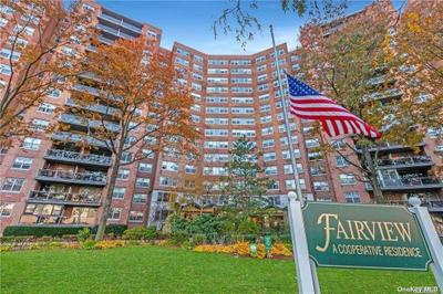 6120 Grand Central Pkwy #C1406, Forest Hills, NY 11375