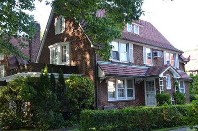 68 Greenway N, Forest Hills, NY 11375