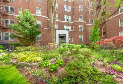 6909 108th St #503, Forest Hills, NY 11375