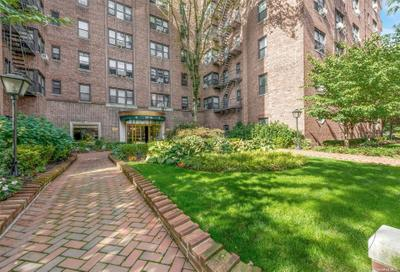 6910 Yellowstone Blvd #520, Forest Hills, NY 11375