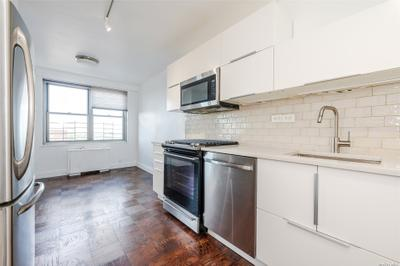 7025 Yellowstone Blvd #22N, Forest Hills, NY 11375