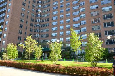 7025 Yellowstone Blvd #9Q, Forest Hills, NY 11375