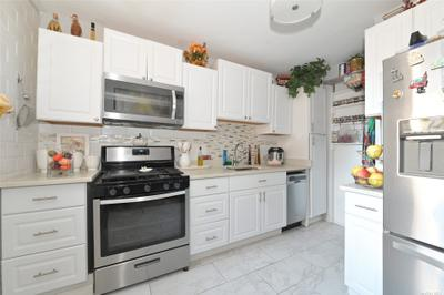 7140 112th St #301, Forest Hills, NY 11375