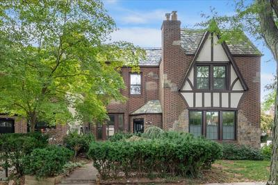 9404 68th Ave, Forest Hills, NY 11375