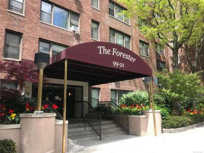 9921 67th Rd #5C, Forest Hills, NY 11375