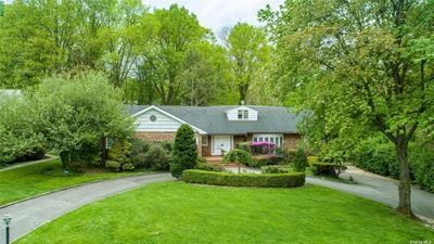 21 Laurel Dr, Great Neck Estates, NY 11021 MLS #3309136 Image 1 of 15