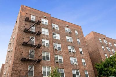 3344 93rd St #3N, Jackson Heights, NY 11372