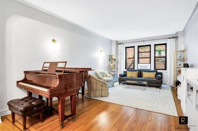 3424 82nd St #2D, Jackson Heights, NY 11372