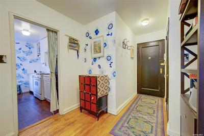 3430 78th St #1J, Jackson Heights, NY 11372