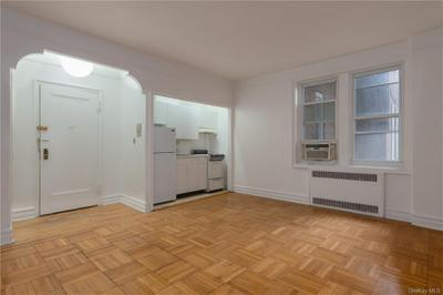 7217 34th Ave #1N, Jackson Heights, NY 11372