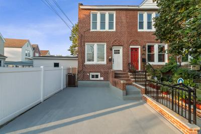 14211 Sutter Ave, Jamaica, NY 11436