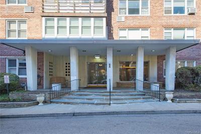 1 Washington Sq #3G, Larchmont, NY 10538