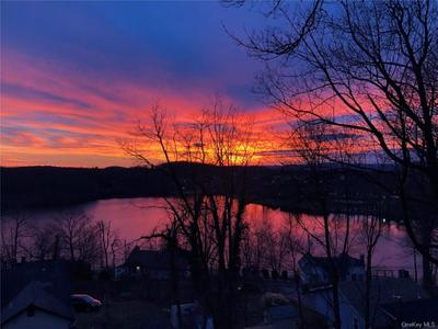 3443 Lakeside Dr, Mohegan Lake, NY 10547