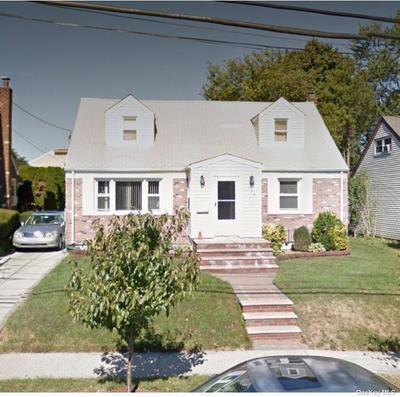 159 Bedford Ave, New Hyde Park, NY 11040