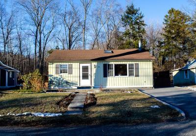 36 Floradan Rd, Putnam Valley, NY 10579