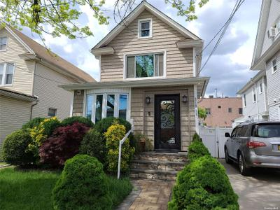 21835 99th Ave, Queens Village, NY 11429