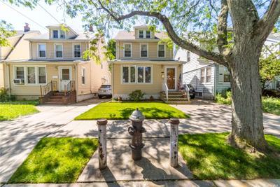 8914 Lyman St, Queens Village, NY 11428