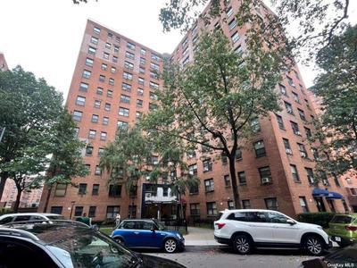 9952 66th Rd #7B, Rego Park, NY 11374