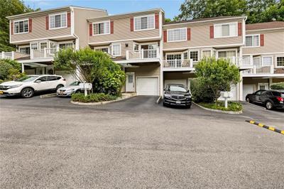 105 Park Ridge Ln, White Plains, NY 10603